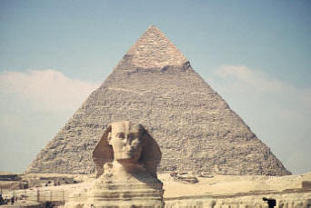"The image ""http://www.bluffton.edu/~sullivanm/egypt/giza/sphinx/distant.jpg"" cannot be displayed, because it contains errors."